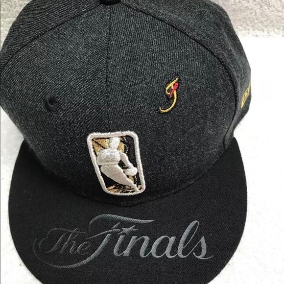 pretty nice 321b8 5bd32 New Era 9Fifty NBA The Finals Black Gold Snapback